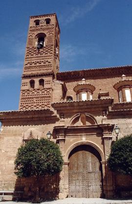 iglesia_exterior_moyuela