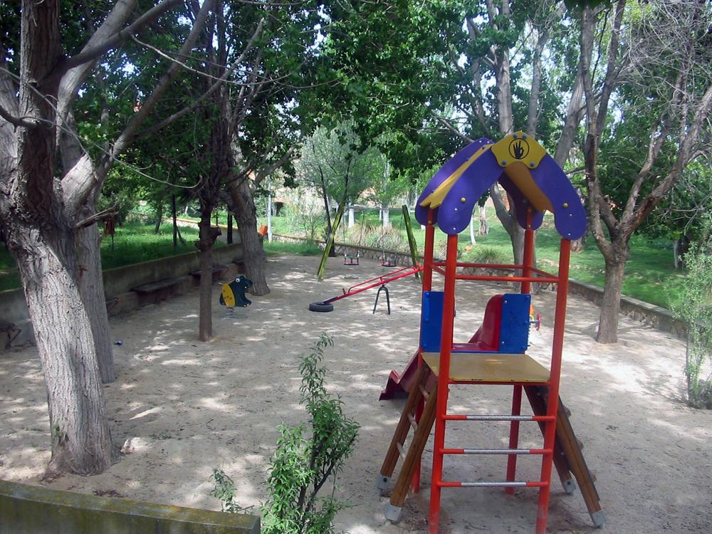 parque_infantil_moyuela